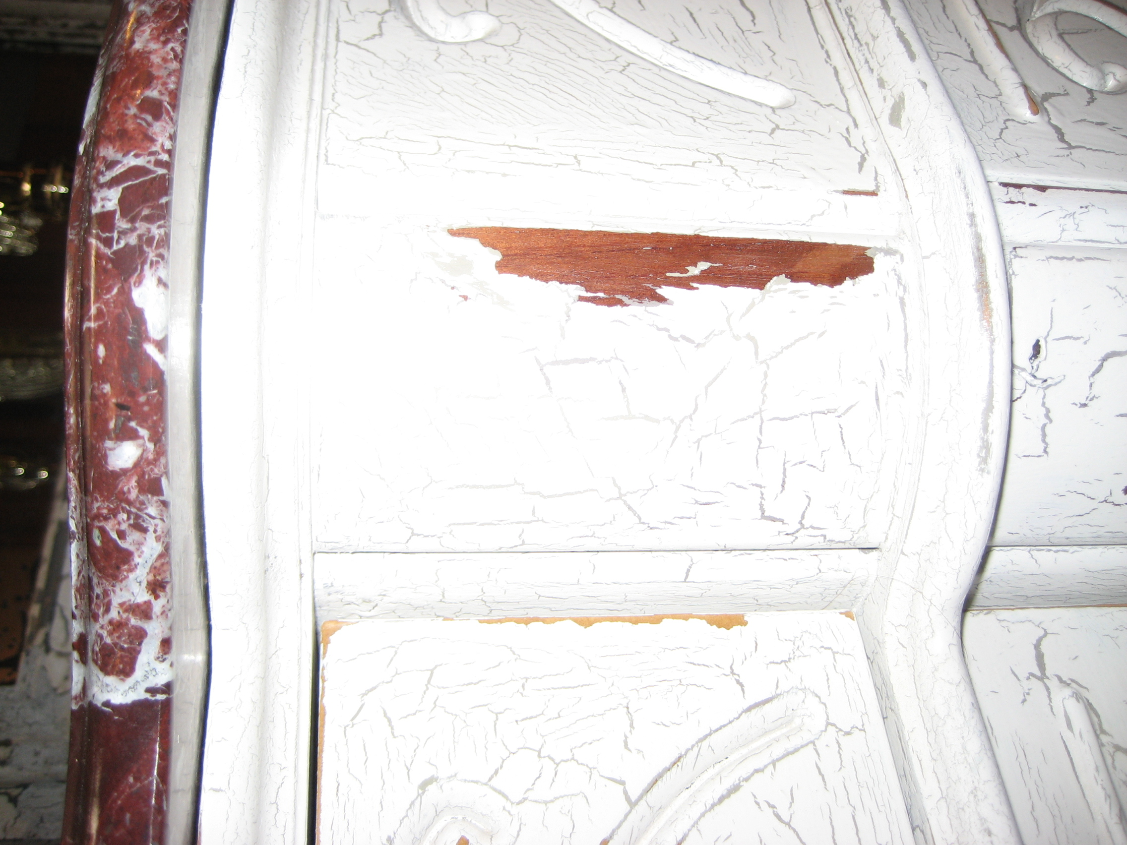 how to do a distressed paint finish